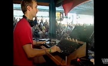 Chi è questo giovane famoso dj? Qui suonava negli anni 90 allo Space d'Ibiza